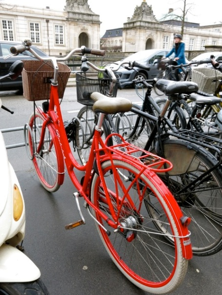 red bicycle in cph
